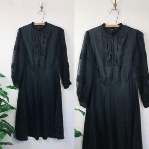 Vintage • 20s 30s mourning dress